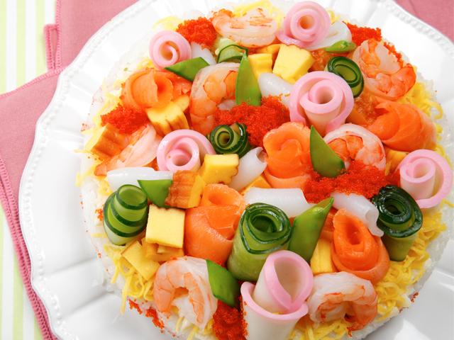 デコレーション寿司ケーキ