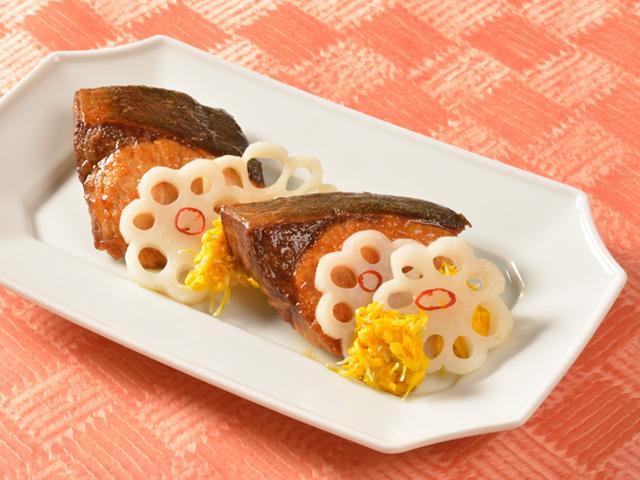 今泉久美さんの基本のおせち(ぶりの照り焼き)
